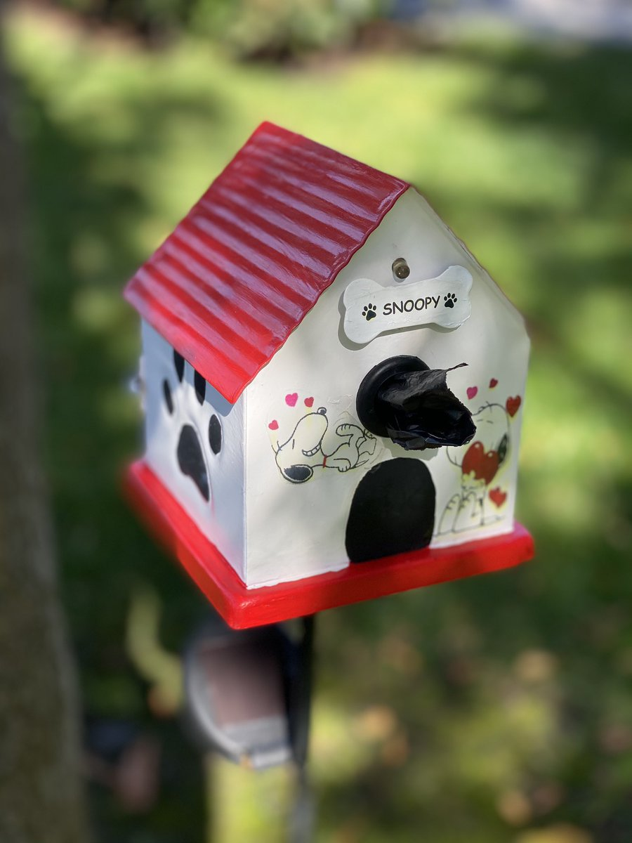 Check out this adorable dog bag dispenser! Take it with you camping, the lake house or just put it out front. The Helping Paw Dog bag Dispenser is perfect for all areas dogs poop. #dogs #dog #thehelpingpawdogbagdispenser #dogpoop #dogsoftwitter #wednesdaythought #