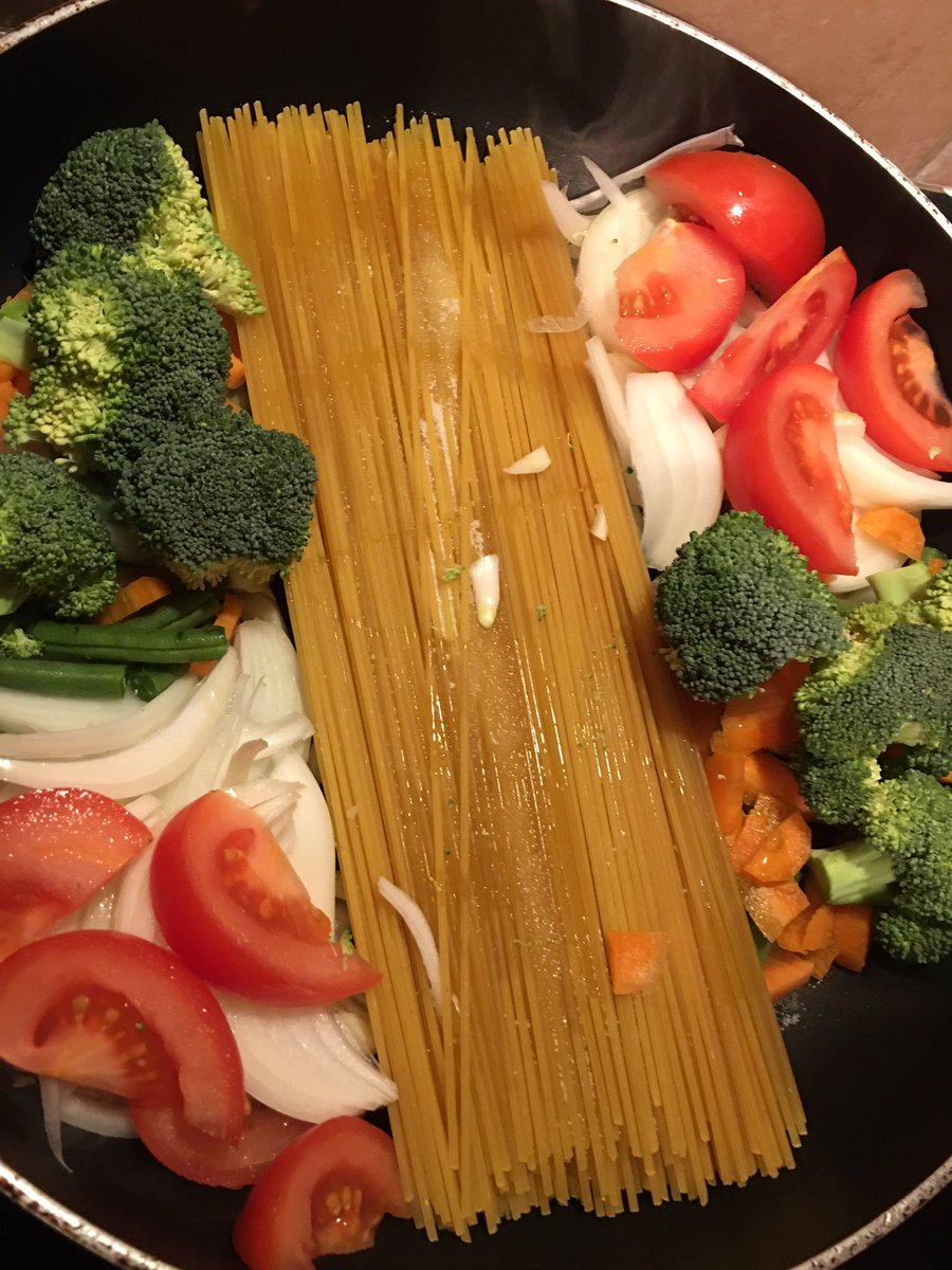 #OnePanPasta #delicious #vegetarian #thursdayvibes #homemade #yummymummy