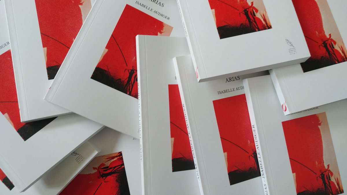 Ils sont là!! They're here!! Pure joy, sheer happiness, at last! Ô joie ineffable! @thebookedition #arias #poetry #poesie #musique #music #joie Find me, reach out - Je suis là: