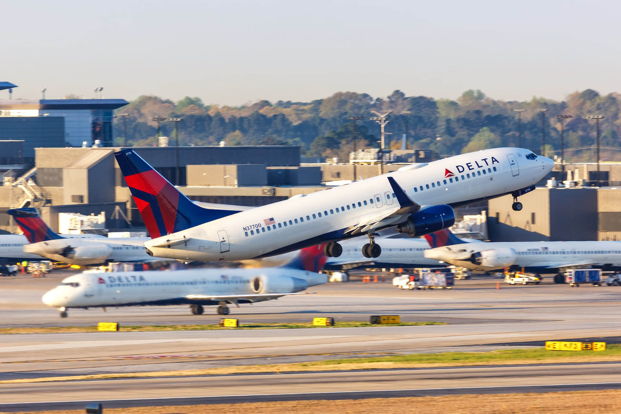 Airlines Photo,Airlines Twitter Trend : Most Popular Tweets