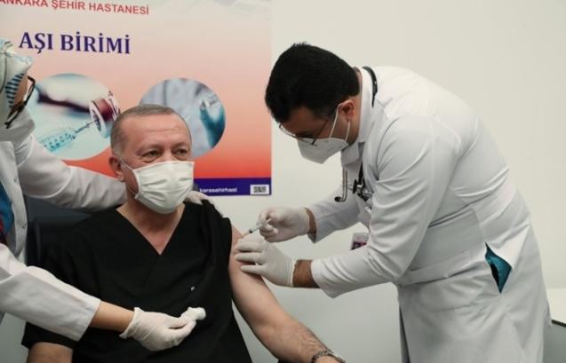أردوغان يحصل على اللقاح الصيني.. صور صدى البلد البلد