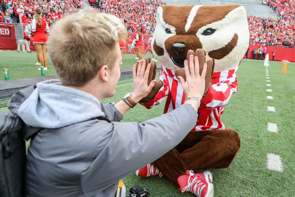 Drew and I put together our WAY-too-early look at who might join the 2022 class. With no current commits for the class it was quite tough.    Wisconsin #Badgers football recruiting: Build-A-Badger '22