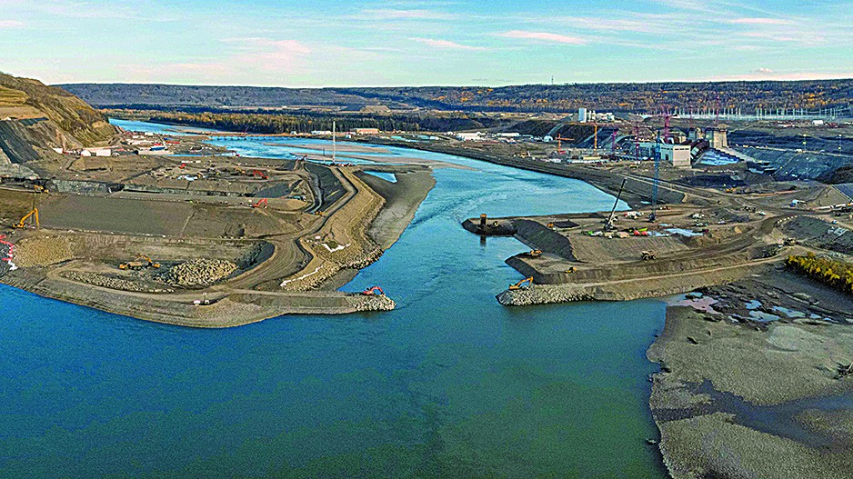 The economics of Site C shouldn't scare us away from decarbonizing electricity. Read @BrettDolter @GK_Fellows & @riversNic's assessment of the costs of hydroelectric projects in a new blog - https://t.co/mHulIrEgz5 https://t.co/cu1nGJouuN