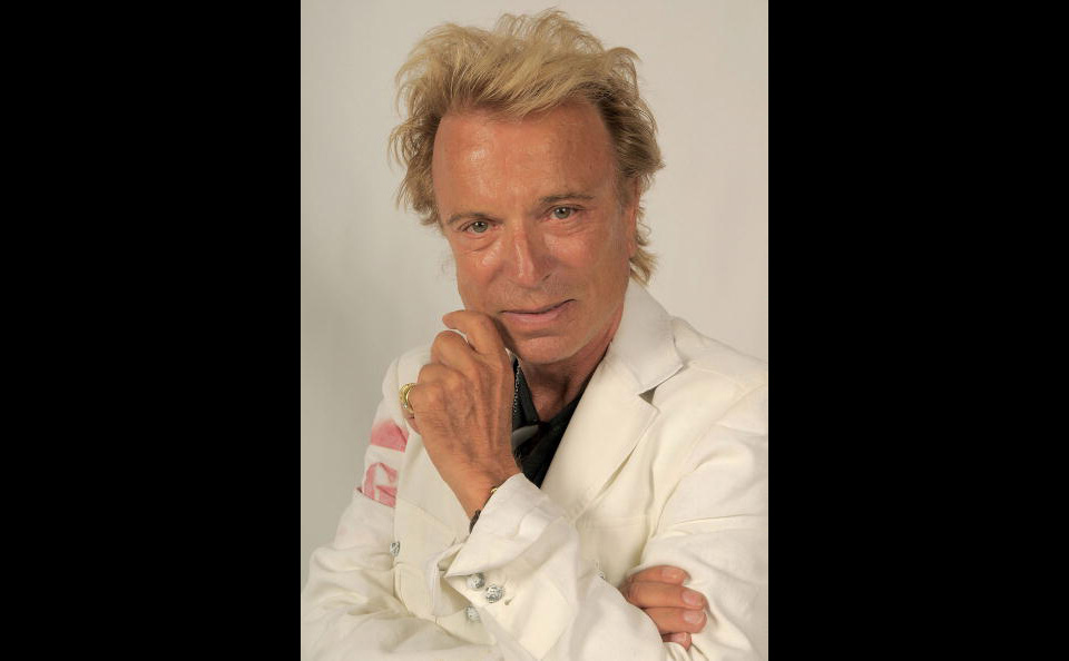 Illusionist and one half of the magical duo Siegfried & Roy, Siegfried Fischbacher has died from pancreatic cancer at the age of 81  For more 📷 of #SiegfriedFischbacher 👉 https://t.co/GNLGzlefY4  #Siegfried #SiegfriedFischbacher #Siegfried&Roy #RIPSiegfried https://t.co/3e2BJd1mkt
