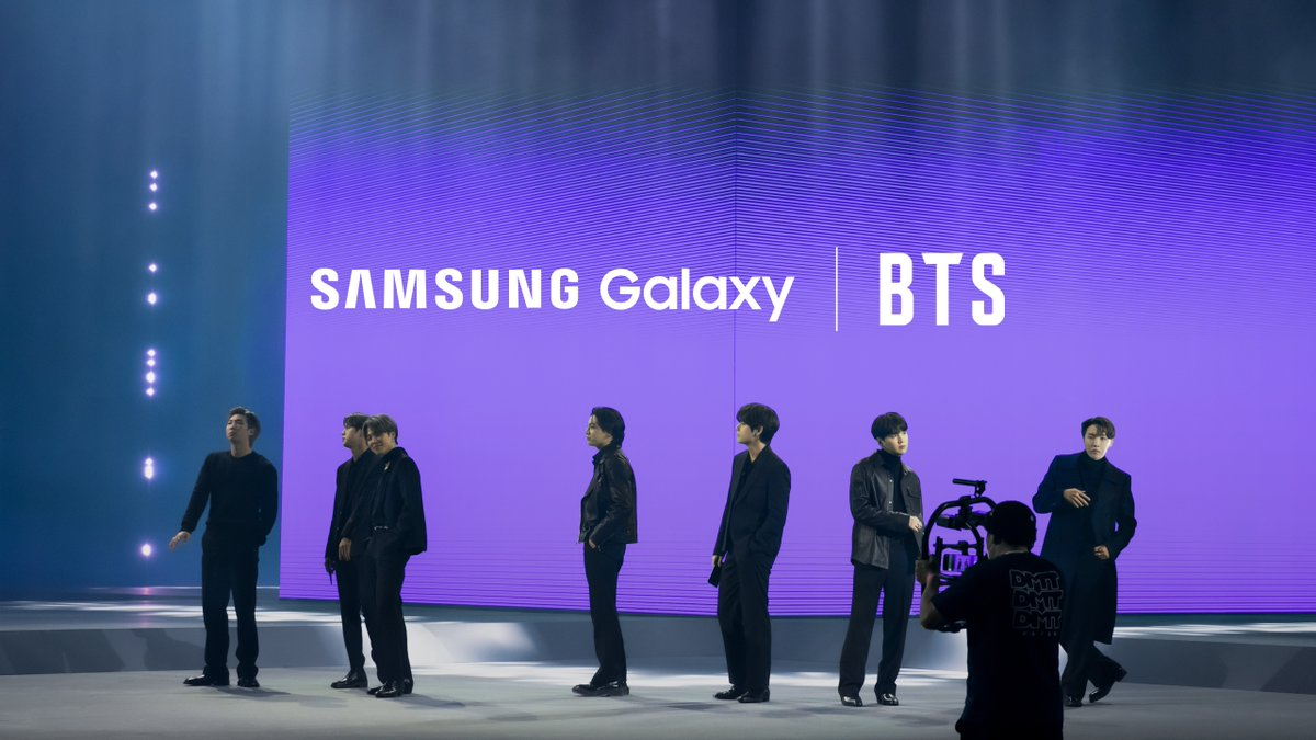 Another #SamsungUnpacked for the books.  Plus: a little glimpse behind-the-scenes, with @BTS_twt #withGalaxy #GalaxyxBTS Learn more: