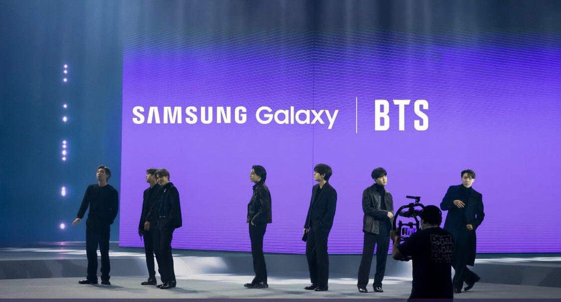 The boys are back in town  #bts #bangtan #방탄소년단뷔 #Samsung #7방탄너무소중 #army