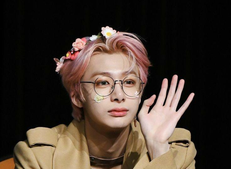 Gracias por asistir a la fiesta de Hyungwon!! Esperamos que te la pasaras muy buen acompañado a esta personita tan especial en un día importante para el!! 💖