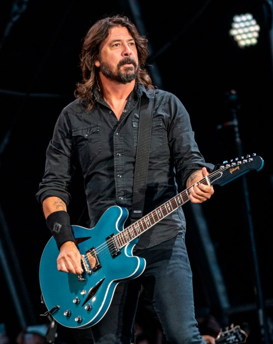 HAPPY BIRTHDAY, DAVE GROHL! We stan you everlong...