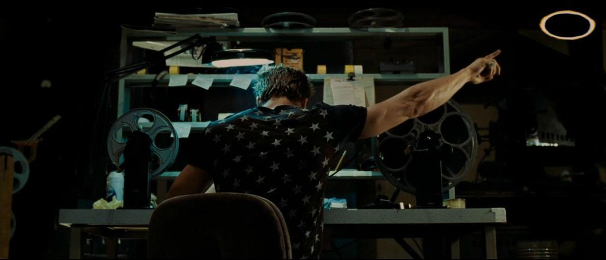 FIGHT CLUB (1999)   Cinematography by Jeff Cronenweth Directed by David Fincher Explore what we can learn from this film's DVD commentary: