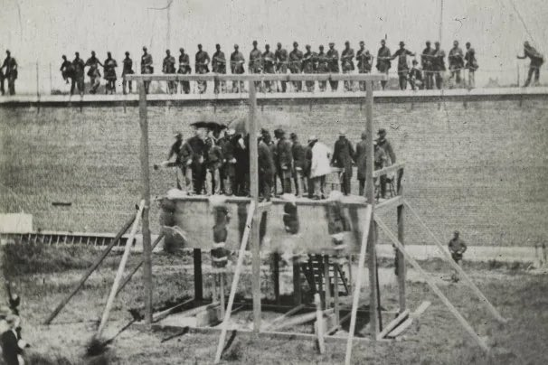 @CaslerNoel @Jeffdc5 This is how the United States dealt with the seditious terrorists who conspired to assassinate President Lincoln. https://t.co/hNxbHOhcq5