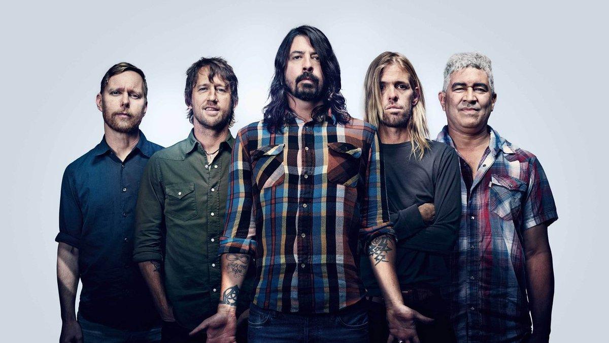 Foo Fighters agita os fãs com nova música nesta quinta-feira; ouça! -->    #FooFighters