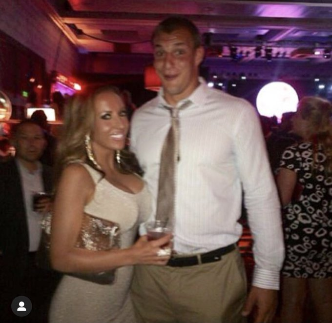 #ThrowbackThursday to that time I met @RobGronkowski at The ESPY Awards.... still mad I didnt shoot