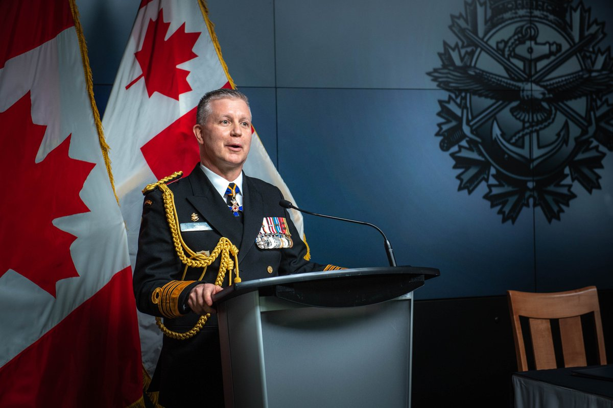 """Admiral McDonald's Flag Hoist Signal: """"Teammates, the sacred responsibility that I have undertaken is to advocate for, empower, and lead you. I look forward to navigating through these interesting and exciting waters with you. We got this."""" canada.ca/en/department-…"""