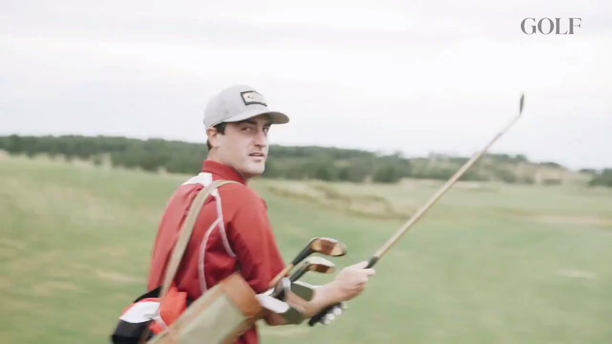 .@Sean_Zak decided to play with hickories for his first round at Mammoth Dunes.  It was golf at its purest.