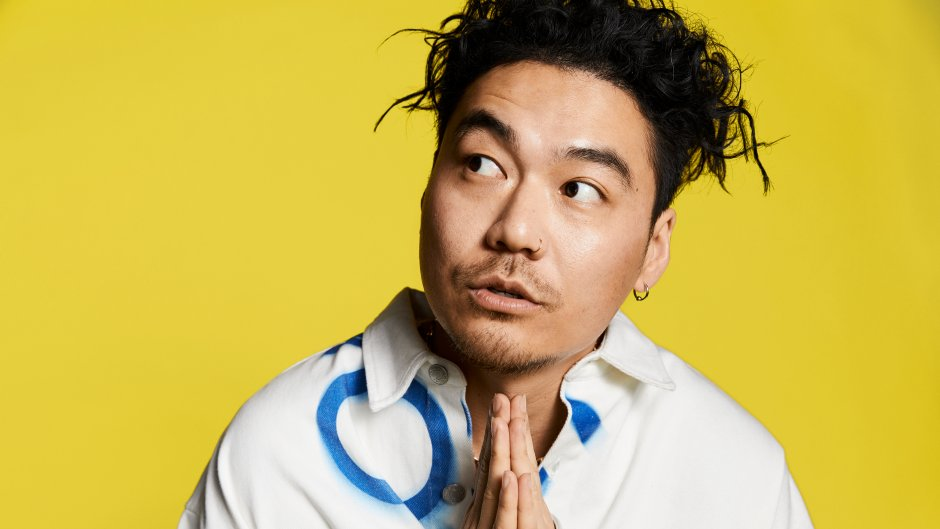 Get your fix of new music, pop culture, and more with @dumbfoundead on his new show, 'Dumb Early,' every weekday at 7am ET on @88risingRadio. 🎶 Details: