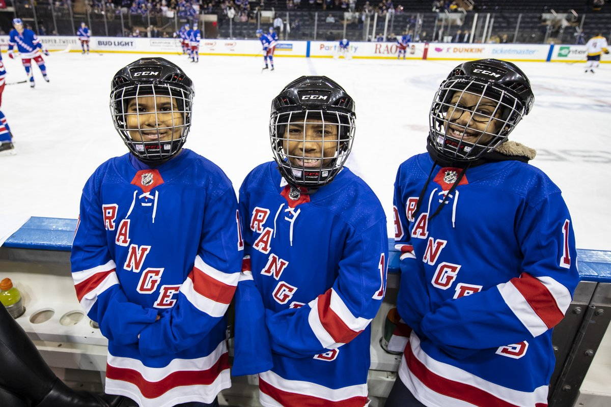 Our @gardenofdreams youth know there is nothing quite like the feeling of cheering on the @NYRangers at @TheGarden! Good luck tonight #NYR! #OpeningNight #GoRangers #PlayLikeANewYorker #BenchBuddyMemories
