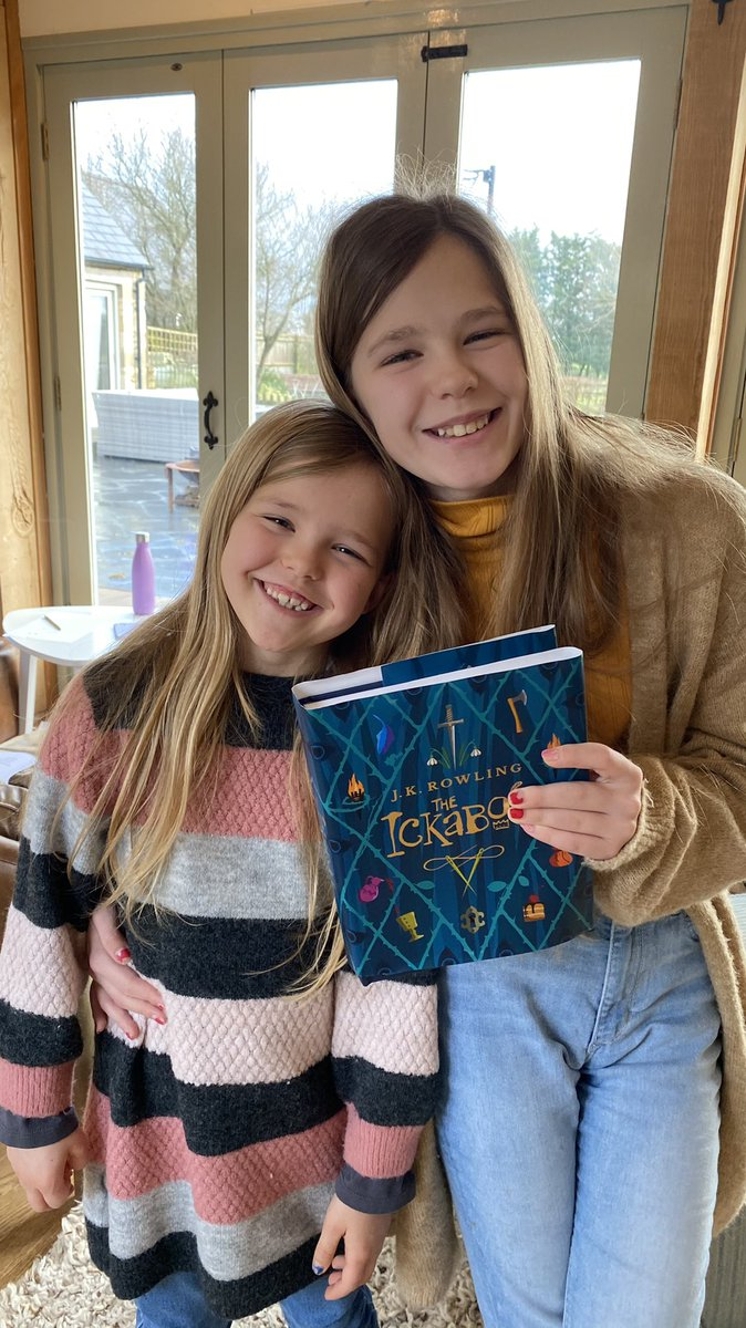 We are loving @TheIckabog @jk_rowling could you read a later chapter pleeeaaase? We are on 39 already 😀 Thank you for helping us read together as a family x  #theickabog #brilliantbooks