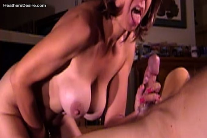 Happy Tongue Thursday!  Touching myself getting ready to go on down and get my orgasm. #MilF #Blowjob