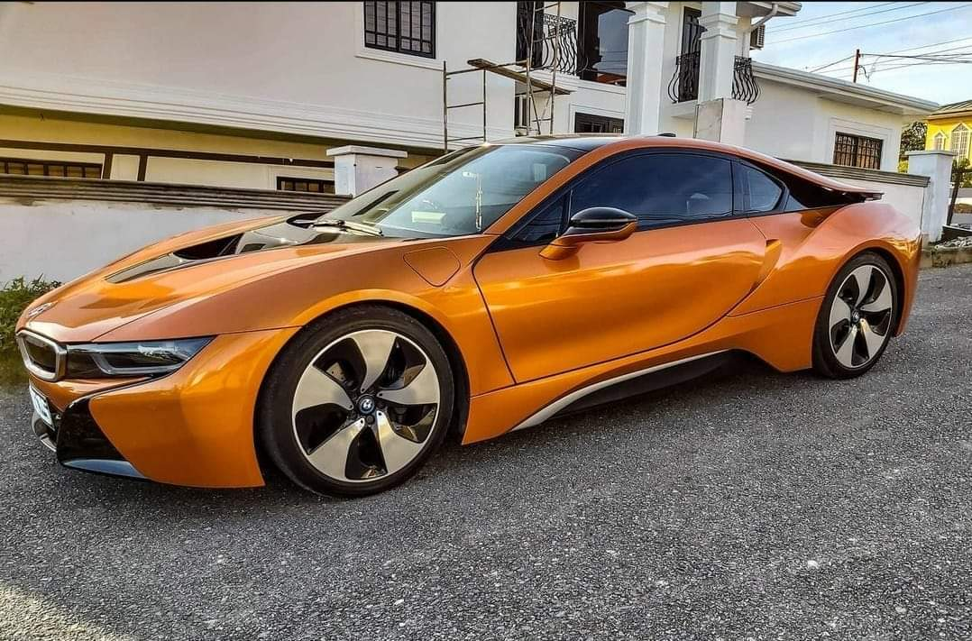 So I had the pleasure if seeing  this beast today #bmwi8