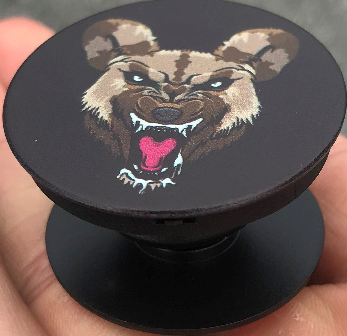 🚨New Accessories PopSockets & Metal Wild Dog Necklaces 🚨