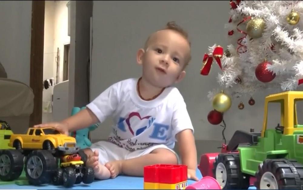 Após acionar Justiça, família de bebê com atrofia muscular diz que conseguiu dinheiro para compra do remédio mais caro do mundo  #G1