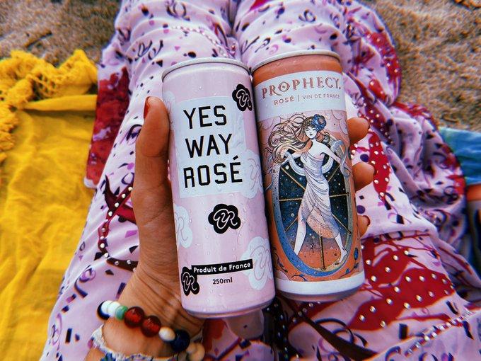 (-‿◦)⁎̩͙ ⁑̩͙̩͙ ⁂̩̩͙͙ rosé on the beach ⁂̩̩͙͙ ⁑̩͙̩͙ ⁎̩͙ (-‿◦)                ⁎̩͙ ⁑̩͙̩͙ ⁂̩̩͙͙ kind of day