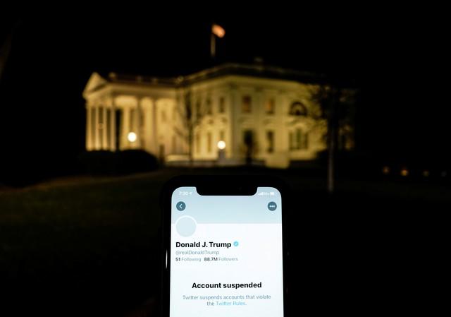 Como as redes sociais bloquearam Trump e por que isso gerou um grande debate sobre liberdade de expressão  #G1