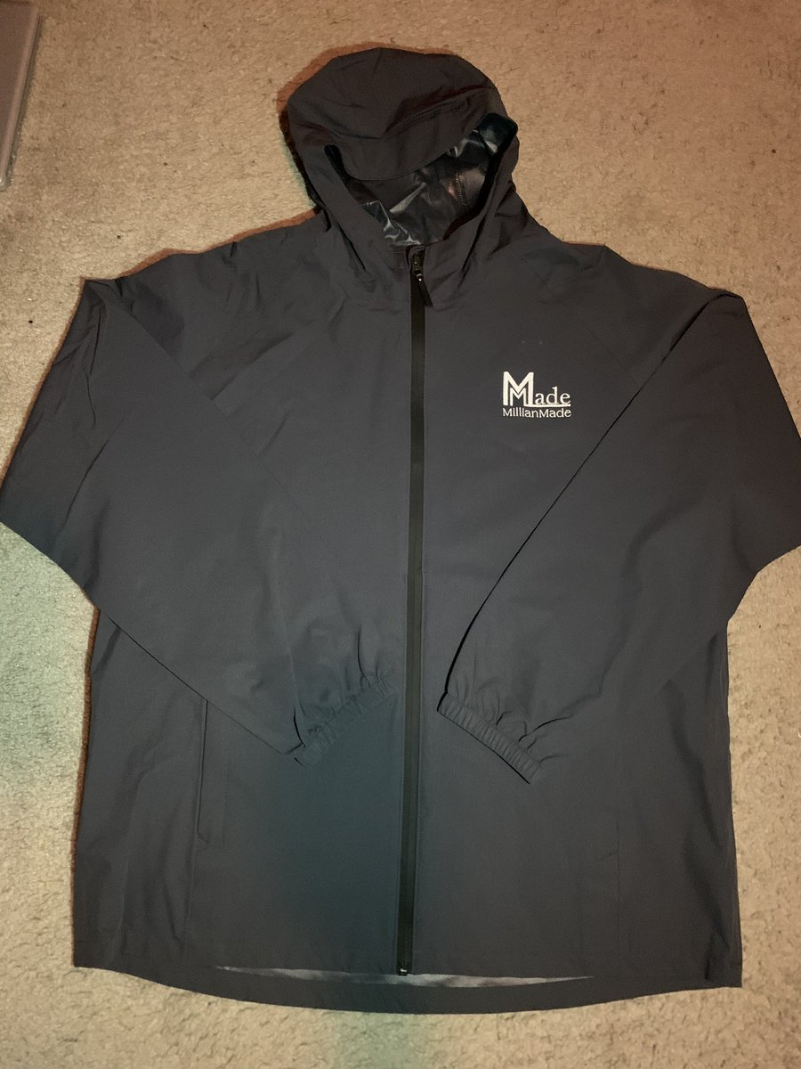 New, and improved. Get your #millianmade deluxe rain jacket with built in hand pockets, great quality interior & heavy duty comfort to keep you warm during the cold rain🌧 🌧🌧. Purchase yours NOW❗️❗️❗️ #millianmade #changethegame #rainyseason #winterthreads #essentials #heavydty