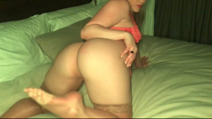 What would you do for a custom video from your favoriteeeee Big Booty 🍑💦😏 https://t.co/u3IOst5puc https://t