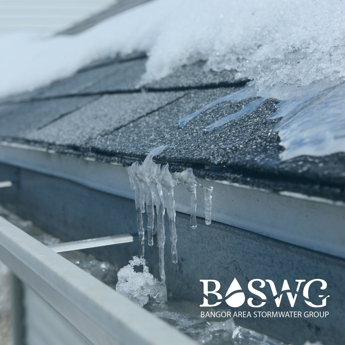 At home winter maintenance can help prevent stormwater runoff. Taking the time to keep gutters and drainage paths free of winter debris can prevent snowmelt from backing up and forming ice where your runoff should flow freely!  #Stormwater #Winter #Runoff https://t.co/uEn8GGQyYN
