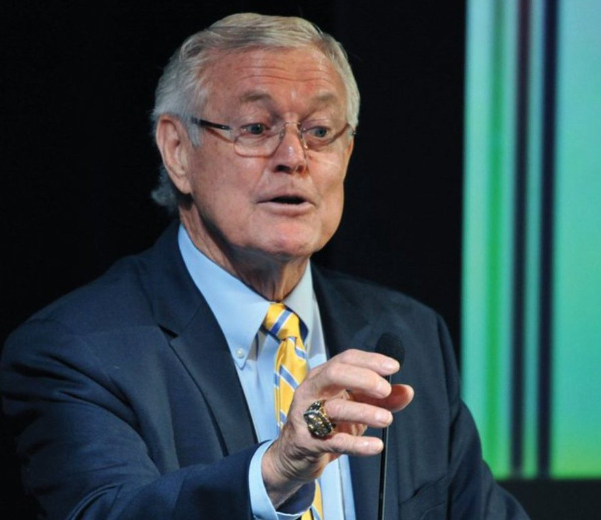 Dick Vermeil Said That Deshaun Watson Needs To Worry About Leading His Football Team And That The Texans Need To Change His Diaper