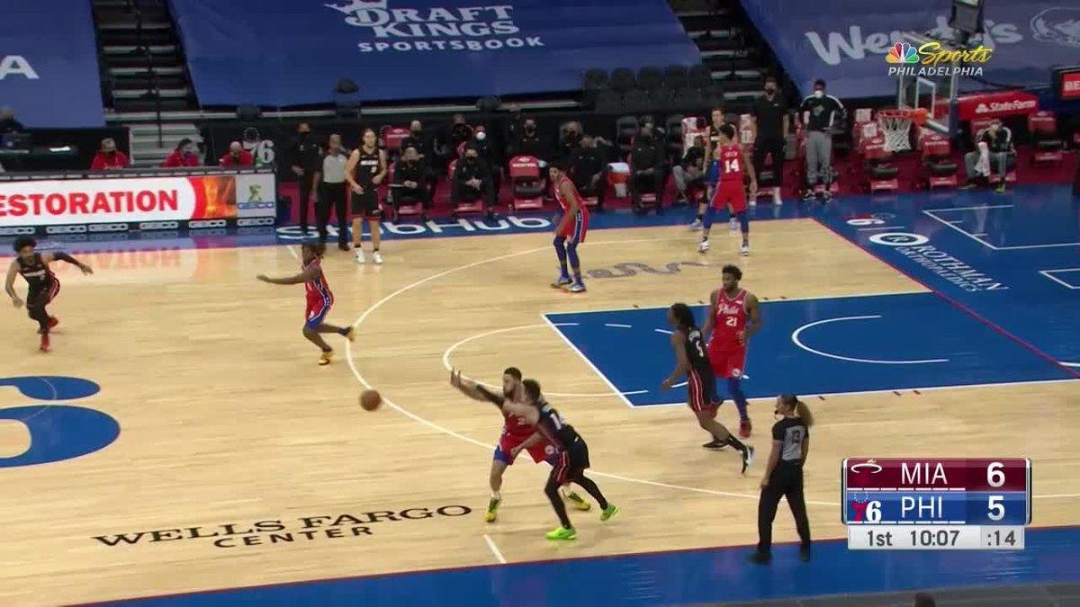 #RecentSportNews #hotnews #hotsports #newsbreak #sportbreak Tyrese Maxey with a dunk vs the Miami Heat: Tyrese Maxey (Philadelphia 76ers) with a dunk vs the Miami Heat, 01/14/2021 https://t.co/N4U3KWA2eq https://t.co/UmKcz04e7S