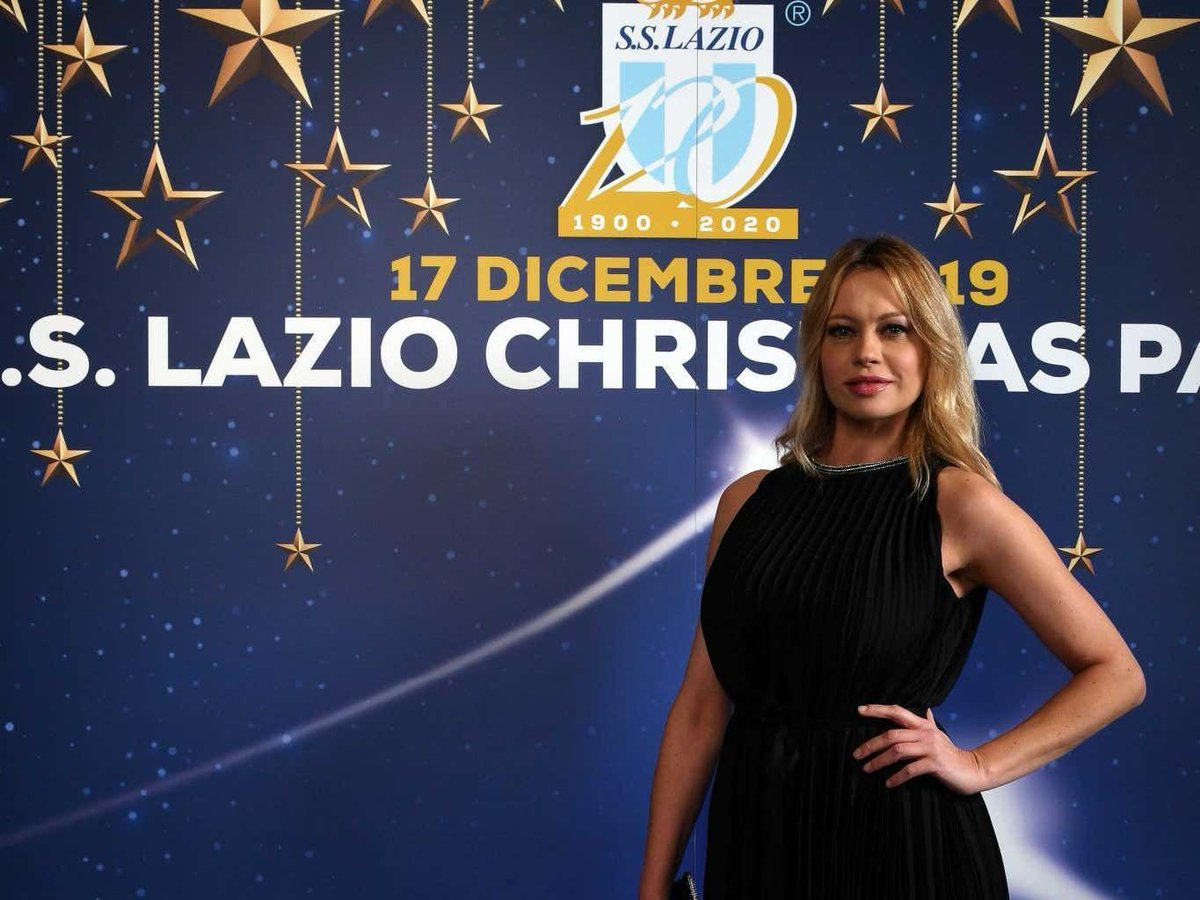 This Actress Saying She'll Strip Naked If Lazio Beats Roma Is The Type Of Motivation A Team Needs Before A Rivalry Game