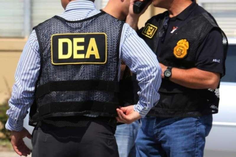 Este jueves el Gobierno de México publicó en el Diario Oficial de la Federación, las nuevas reglas para regular la presencia de agentes de seguridad extranjeros como la Agencia DEA, CIA y FBI, luego de un mes de anunciarse la reforma a la Ley de Seguridad Nacional. https://t.co/QRx7Bmh2zh