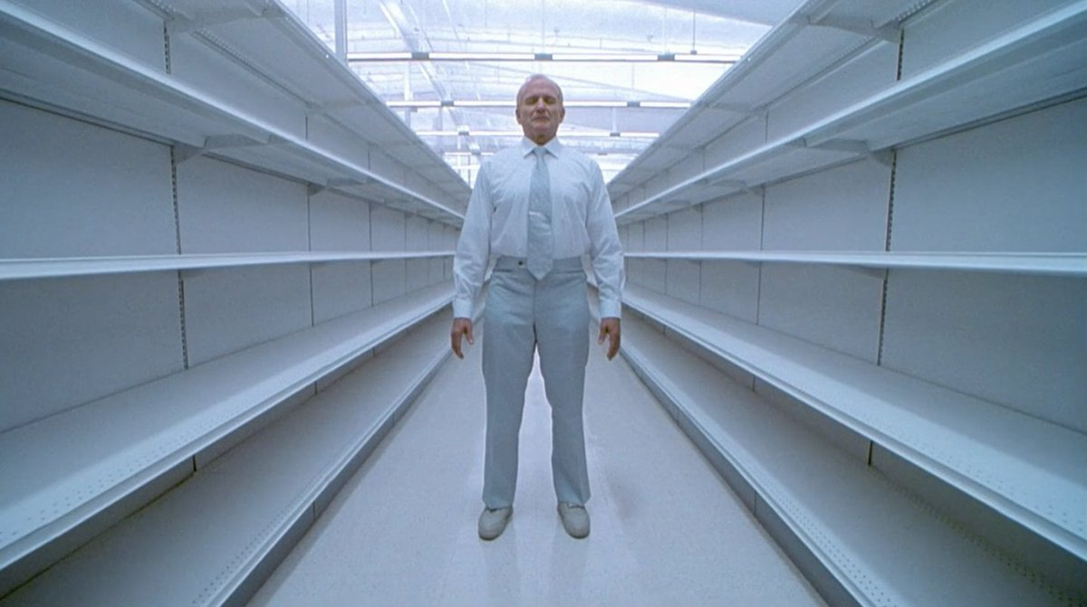 ONE HOUR PHOTO (2002)  Cinematography by Jeff Cronenweth Directed by Mark Romanek Explore a list of this cinematographer's other perfect shots: