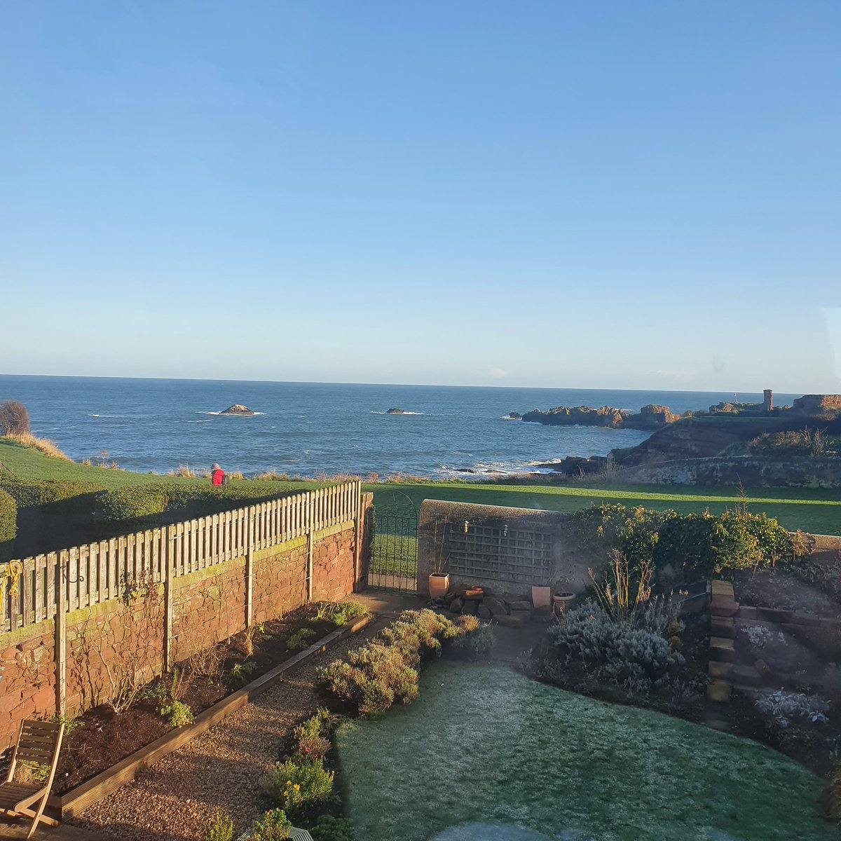Oh #Dunbar ❤  You are so lovely.    #workingfromhome #EastLothian #seaside #Scotland