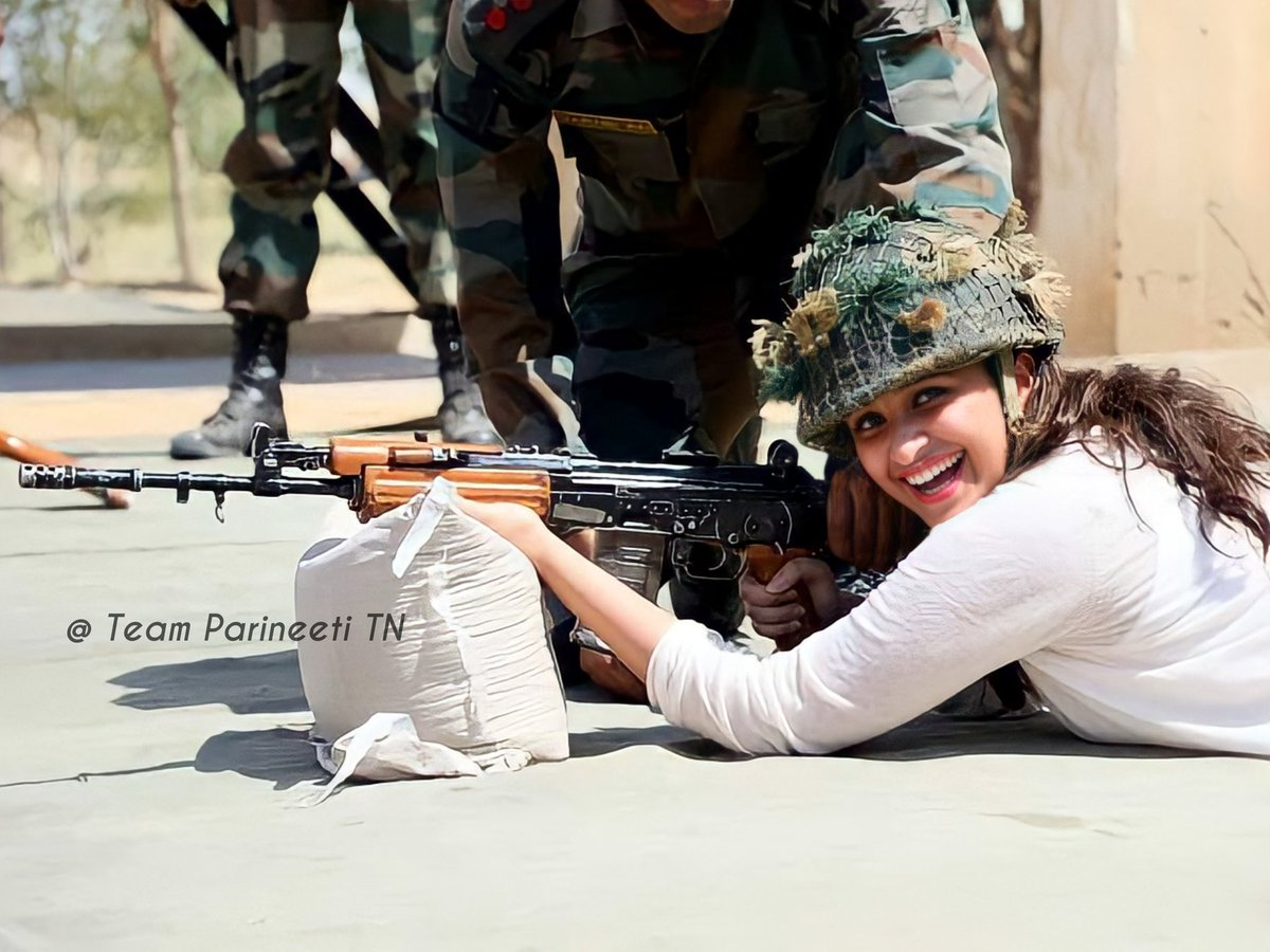 Saluting Our Real Heros 🙏❤️💥🇮🇳  • #IndianArmyDay • #IndianArmy • #ParineetiChopra • #TheGirlOnTheTrain • #TGOTT • @ParineetiChopra •