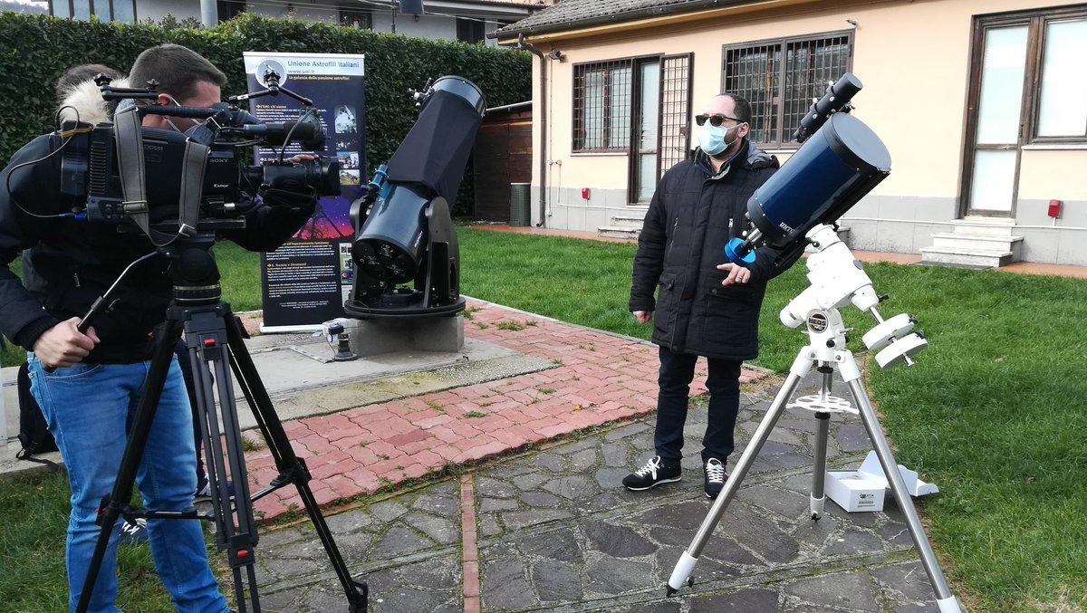 Con alcuni colleghi astrofili Giuseppe Conzo ha scoperto una stella doppia. Alle 20.45 su RaiNews24 #FUTURO24 vi spiegherà come partecipare a veri progetti scientifici. I ricercatori hanno bisogno di voi!