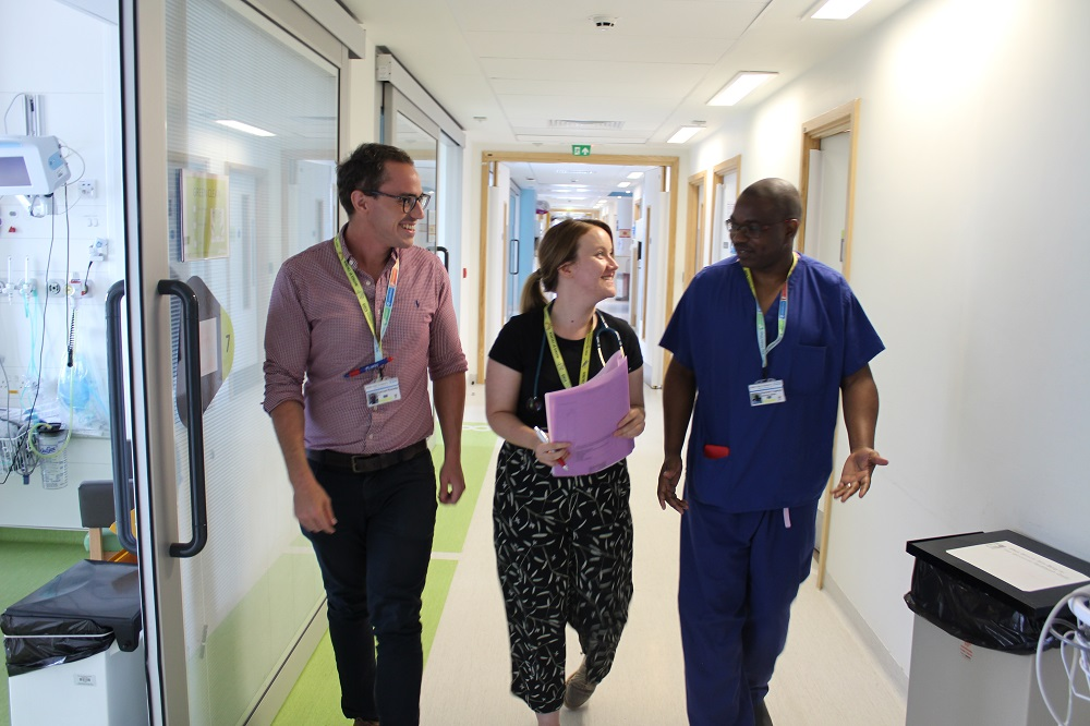JOB ALERT 🚨 | We're on the look out for a Senior Audiologist 👂 to join the @AHAudiology team and become a part of the #AlderHeyFamily 💙 For more information about the role, and to apply, go to ➡️  #WorkAtAlderHey #nursing #jobs