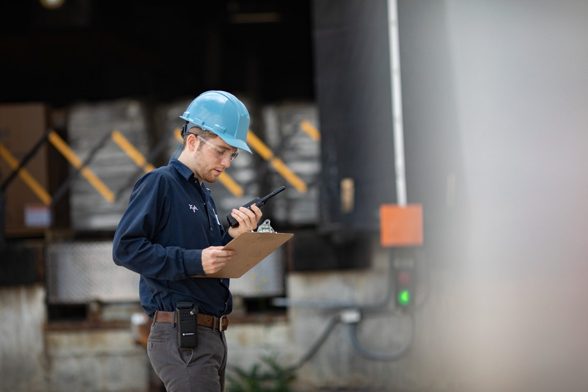 When you connect every worker, you streamline and automate your processes. From the production line to the loading dock, our multi-purpose two-way #radios, accessories, and industry-leading applications ensure teams can #communicate clearly and reliably > https://t.co/c0gNJjUEFp