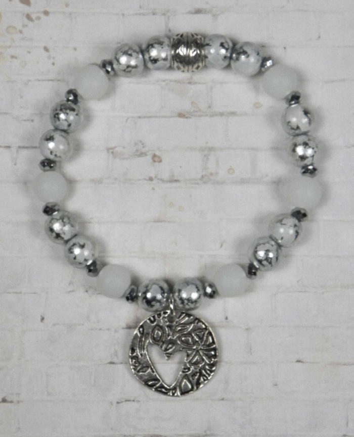 "Foil Matte Glass White Silver Metal Spacer Heart Stretch Bracelet Handmade 7.5""  @eBay #gifts #shopsmall #bohostyle #buyhandmade"