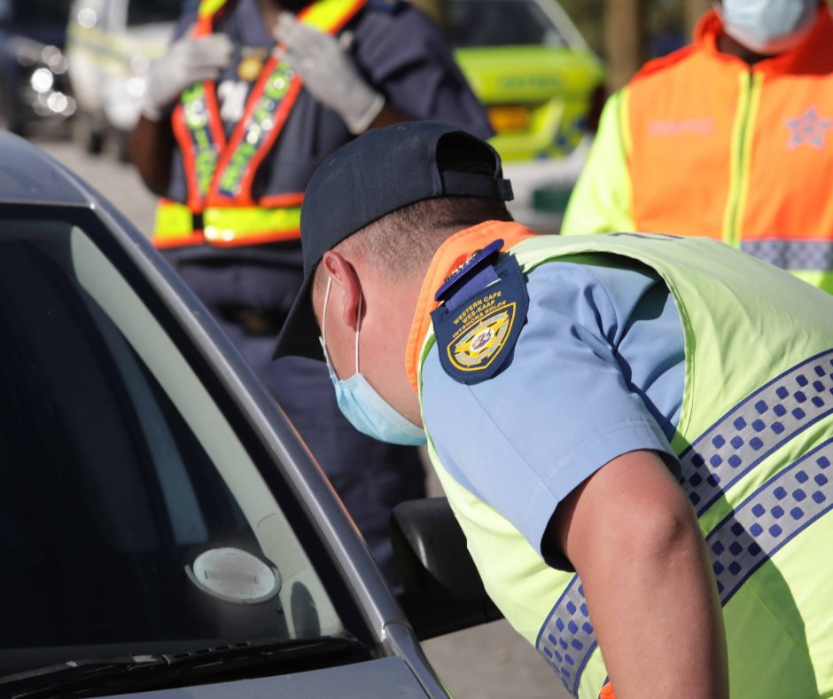 Joint Road Safety Management and Traffic Law Enforcement #FestiveSeason Inter-Provincial Corridor operations are ongoing on the N2 Tsitsikamma Toll Plaza. Vehicle checks and driver fatigue management are our top priority.  #PropsForCops #SafeRoadsForAll #SafelyHome #NowhereToHide