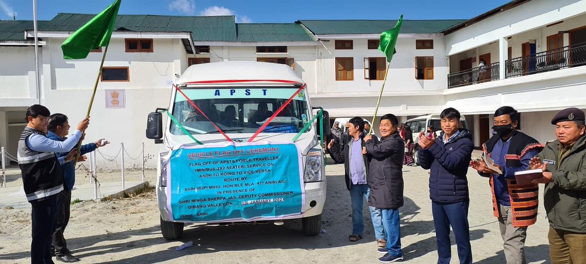 Sea of change visible under PM @narendramodi Ji.  First time in 73 years of India's independence, a govt bus has reached #Anini #DibangValley near Indo-Tibet (China) border.   A Roing-Anini(233km) bus service was flagged off today as 2-lane highway reaches remote border district. https://t.co/x4g4LfXXJI