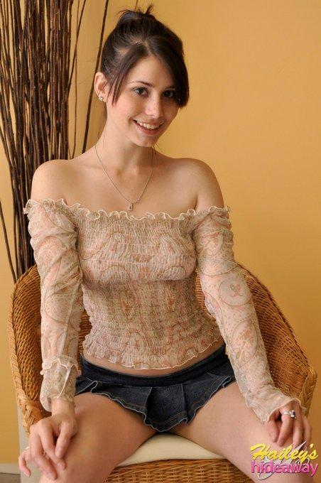 Relaxing https://t.co/sw5iTcJbNi #ruffles #skirt #sweet https://t.co/VU15e3fr1X