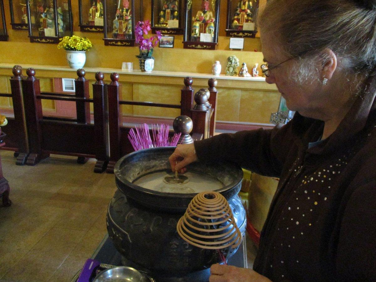 Úmysel pomôcť, varenie čaju a účasť na stretnutiach, to robíme na taoistickej ceste. Odmena za pomoc druhým: zmysel života, pokoj a vzťah s ostatnými. #taoist #InternationalVolunteerDay #IVD2020 #fungloykok #individualpractice #ageingwithvitality #becauseitworks #taoisttaichi