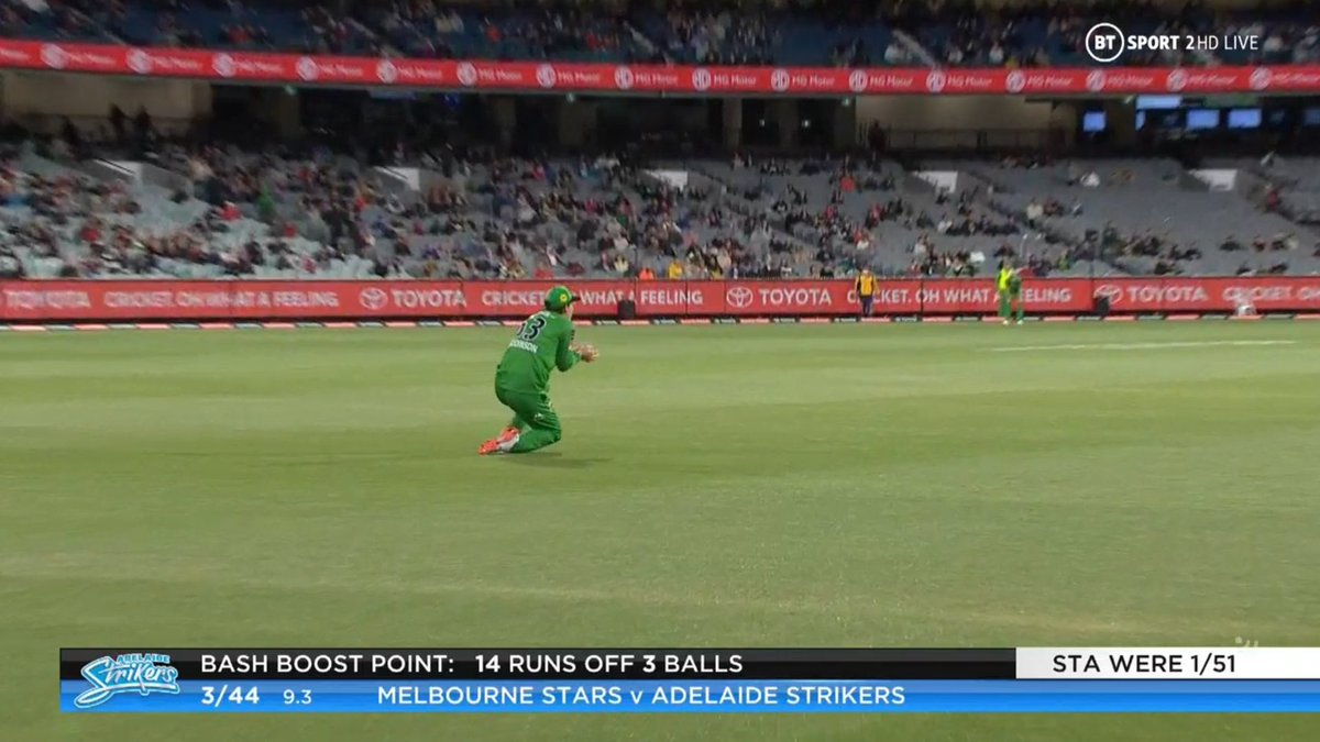 BIG BASH LEAGUE Melbourne Stars vs Adelaide Strikers  WICKET Matt Renshaw (20 runs scored) c Maddinson b Zampa  FALL OF WICKET ADE 44 - 3 9.3 overs  Image Credits: BT Sport https://t.co/B4Nk3O6fS9