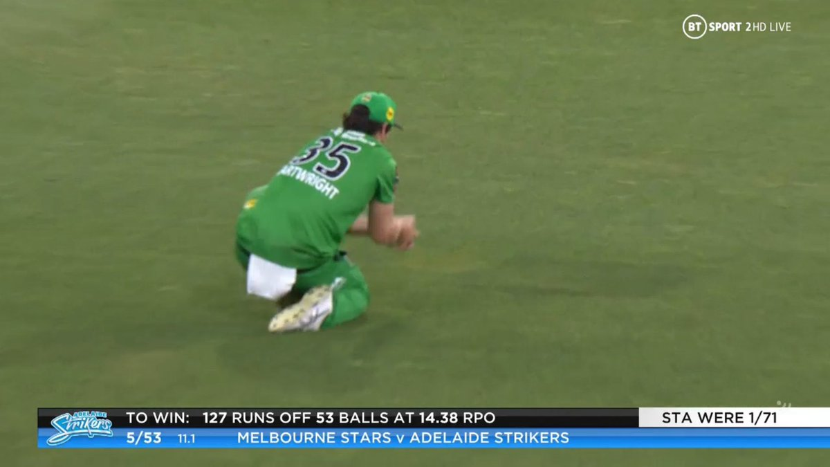 BIG BASH LEAGUE Melbourne Stars vs Adelaide Strikers  WICKET Ryan Gibson (1 run scored) c Cartwright b Zahir Khan  FALL OF WICKET ADE 53 - 5 11.1 overs  Image Credits: BT Sport https://t.co/452UfJt6kk