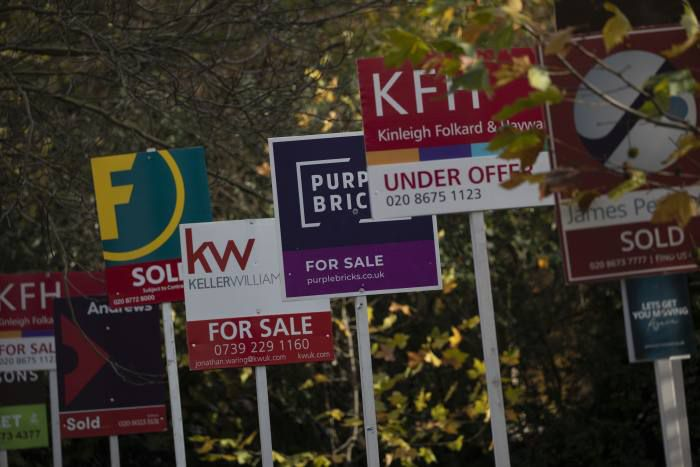 """@dominikymd director at Your Mortgage Decisions, agreed that most people would not purchase a property """"purely"""" because of the stamp duty holiday. ftadviser.com/mortgages/2021… #stampduty #tax #propertymarket #homebuyers #homebuying #wealth #mortgage #mortgages"""