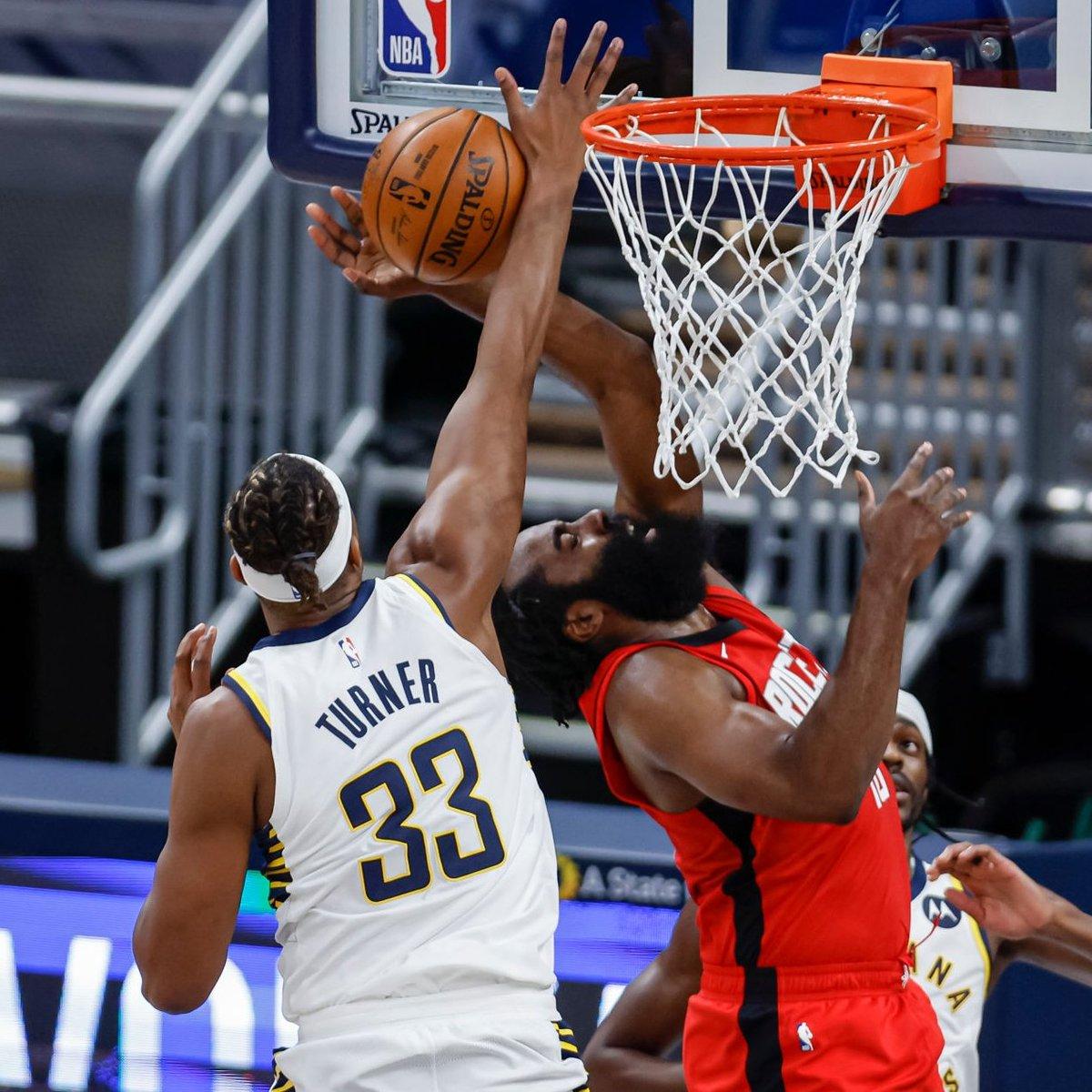 RT @AKRileyy5: NBA Block Leaders:  1. Myles Turner - 50  Lol.   2. Rudy Gobert - 29 https://t.co/35ARXKKyd1