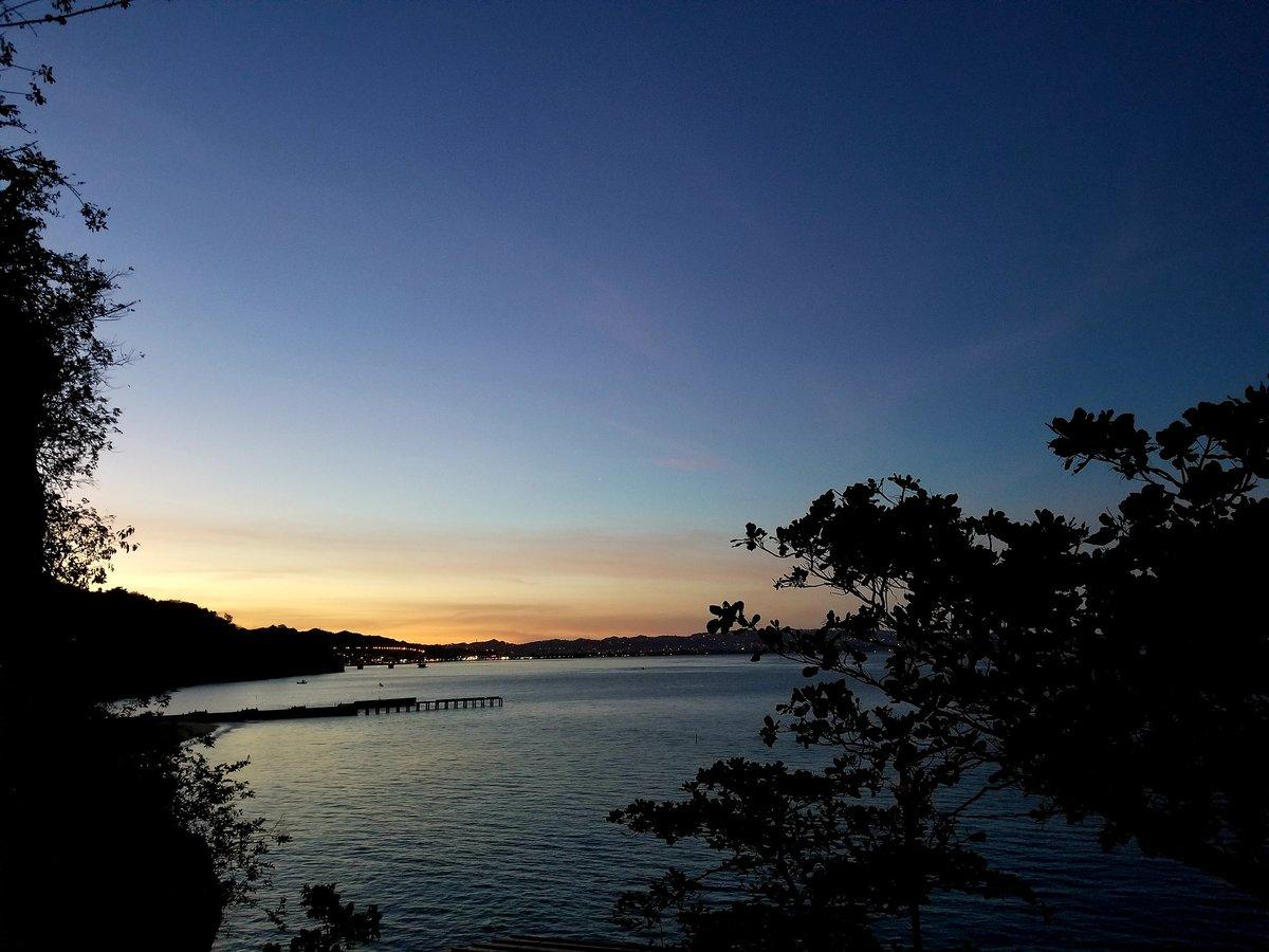 @DeborahTiempo . Buenos días de la playa Crash Boat Aguadilla Puerto Rico. Pesando el día con una tacita de café.@calu__77 @DaCholoValle @prsecagro @cchevere @Dionelis1018 @ndiaz752 @jessicapr75 @juankarlos74 @JuanRiveraMelen @Jalma1970Alma @nelsonqatlanta